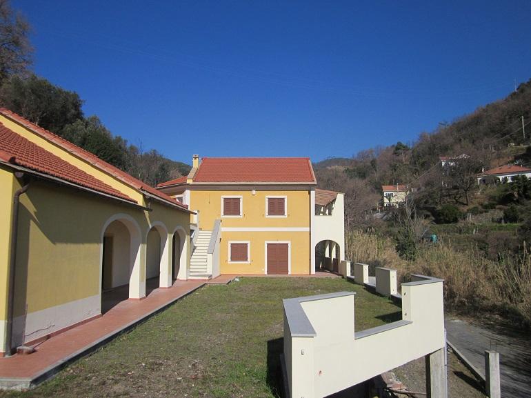 V15 – Località FERRARI Villa di nuova costruzione